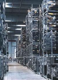 Comment les racks mobiles améliorent ils l'utilisation de l'espace de stockage dans l'entrepôt ?